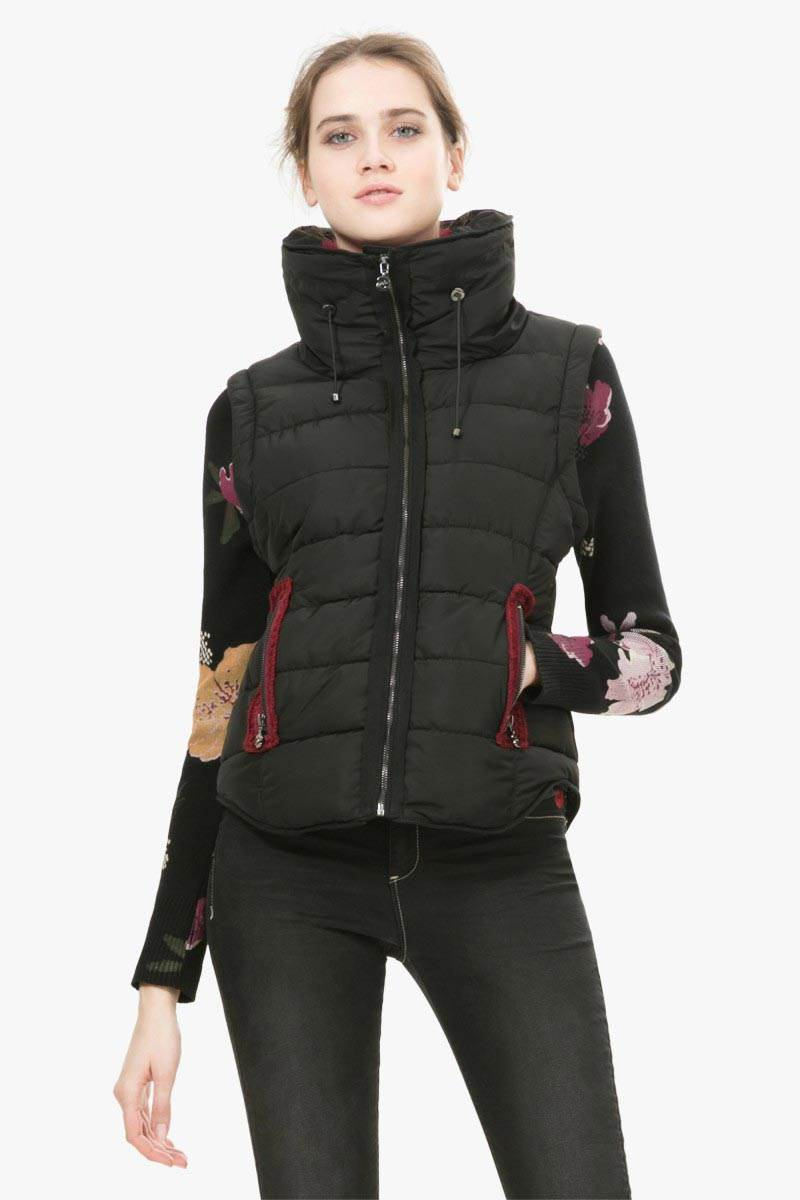zimní bunda Desigual Black 2 negro velikost: 36
