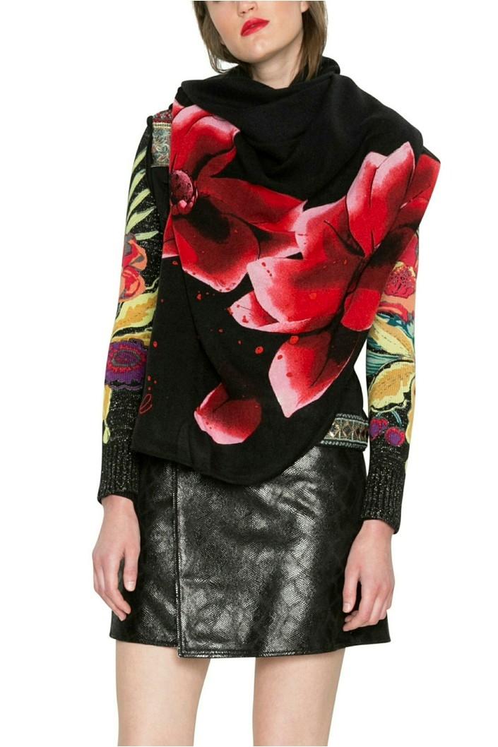 šála Desigual Red Flowers negro. Obrázek 2. Previous. Obrázek 2 6526d95660
