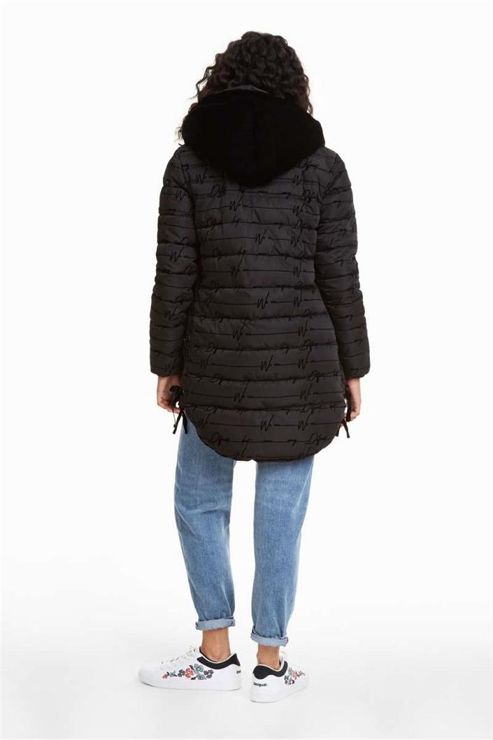 kabát Desigual Lucille negro. Obrázek 2. Obrázek 3 d454300bb7