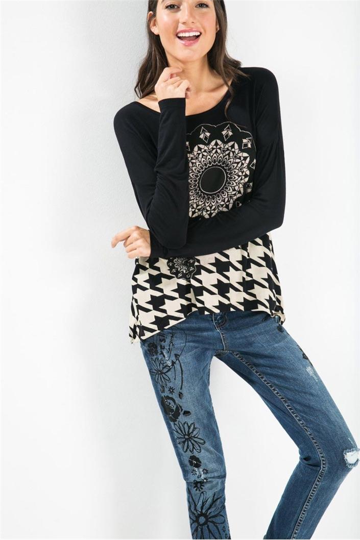 tričko Desigual Blas negro  16f2fe28efa