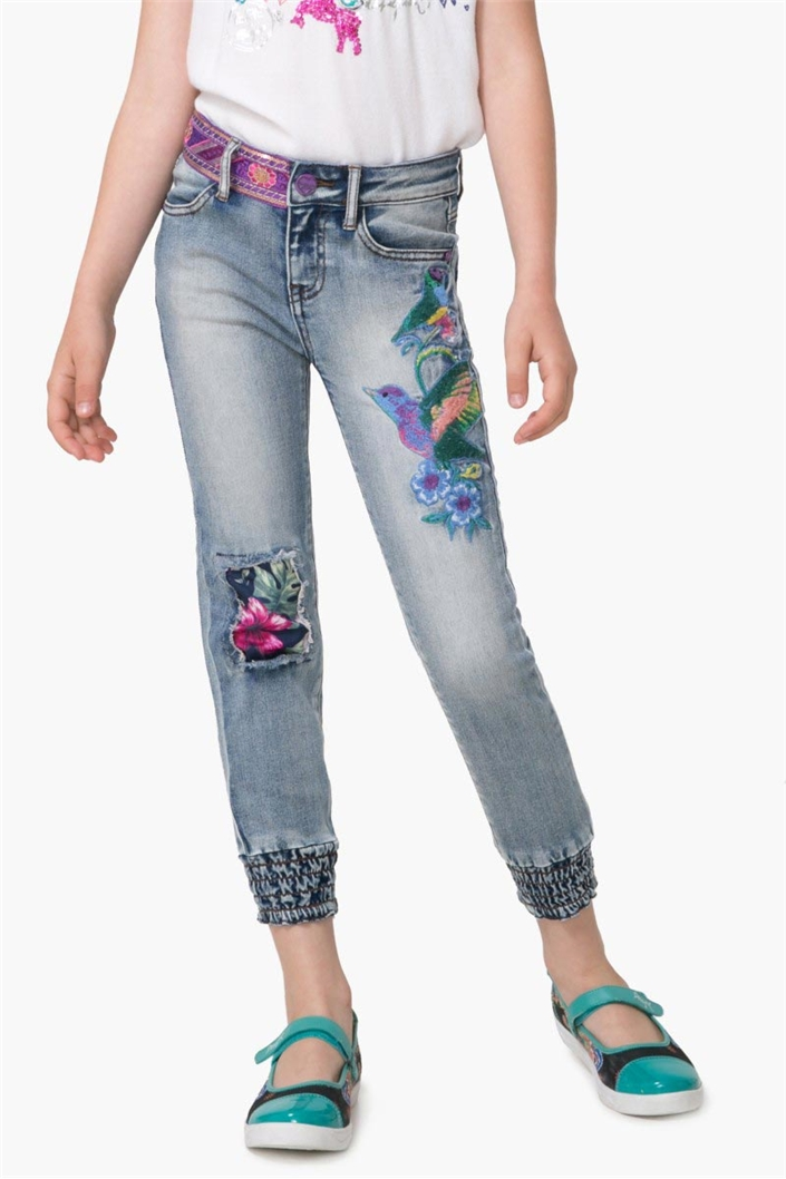 A wide range of jeans and trousers for girls at fascinatingnewsvv.ml! Make your own personal choice from our large selection of Jeans & Trousers for Girls. Buy Jeans & Trousers for Girls online in India at fascinatingnewsvv.ml e-shop so that you can take a pick from famous kids' apparels brands like Gini & Jony, United Colors of Benetton and more.