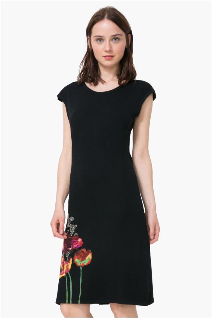 bd3df9cd6c šaty Desigual Sara negro